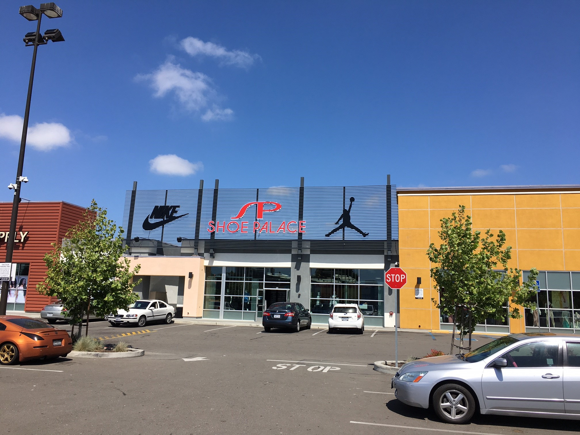 Shoe Palace Holds Grand Opening at Foothill Square Shopping Center in Oakland, CA